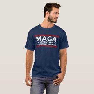 T-shirt Les débiles de MAGA régissent l'Amérique politique
