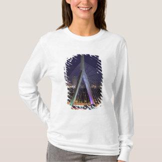 T-shirt Les Etats-Unis, le Massachusetts, Boston. Léonard