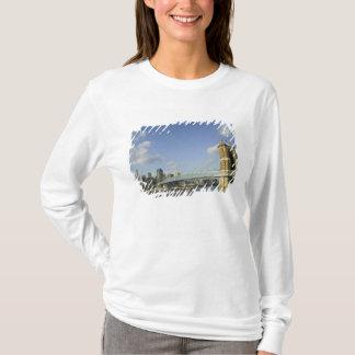 T-shirt Les Etats-Unis, Ohio, Cincinnati : Suspension 2 de