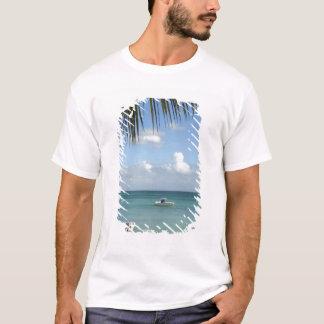 T-shirt Les Îles Maurice, Baie grand. Bateaux ancrés dans