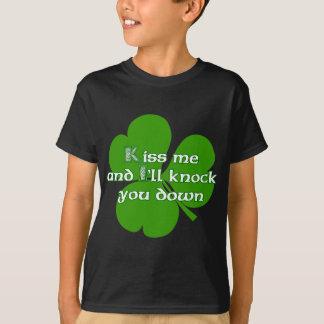 T-shirt Les Irlandais embrassent et je vous frapperai pour