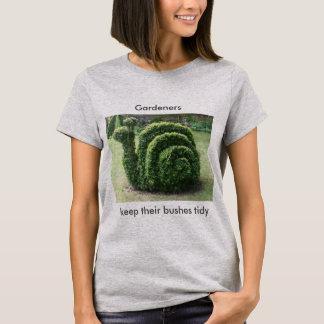 T-shirt Les jardiniers gardent leur tee - shirt topiaire