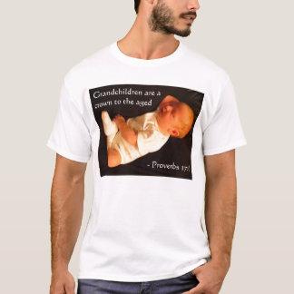 T-shirt Les petits-enfants sont une couronne au âgée…