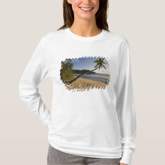 T-shirt Les Seychelles, île de Mahe, plage d'Anse