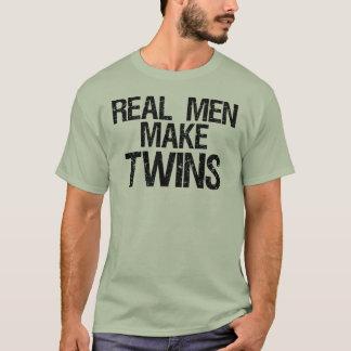 T-shirt Les vrais hommes font des jumeaux