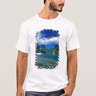 T-shirt Les yachts privés ancrés dans Opunohu aboient sur
