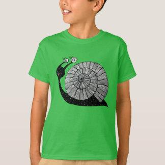T-shirt L'escargot mignon de bande dessinée avec la