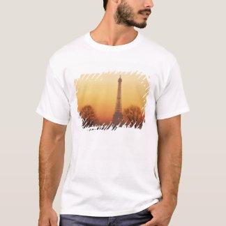 T-shirt L'Europe, France, Paris. Tour Eiffel (milieu