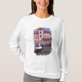 T-shirt L'Europe, France, Provence, Martigues. Miroir de