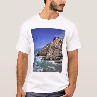 T-shirt L'Europe, Italie, Riomaggiore. Riomaggiore est