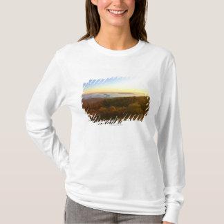 T-shirt Lever de soleil à la montagne de Cadillac avec des