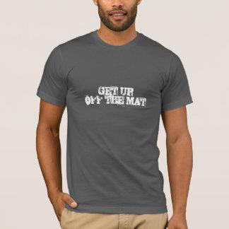 T-shirt Levez-vous outre du tapis