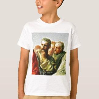 T-shirt L'homme frotte son menton