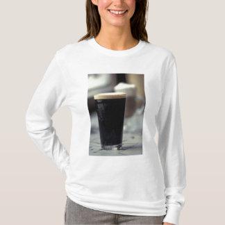 T-shirt L'Irlande. Pinte de bière de malt