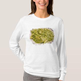 T-shirt L'Italie, Camogli. Plat des pâtes avec le pesto