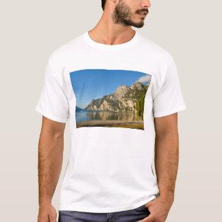 T-shirt L'Italie, Riva del Garda, policier de lac, bâti