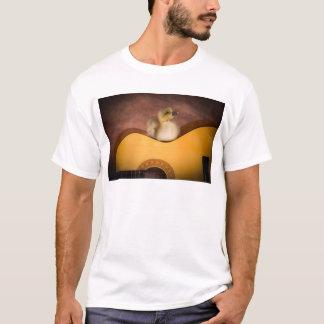 T-shirt little goose on a guitar