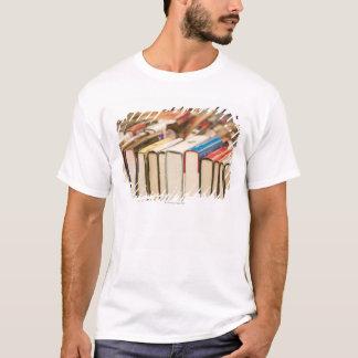 T-shirt Livres utilisés à une vente de charité