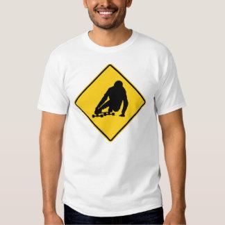 T-shirt longboarding