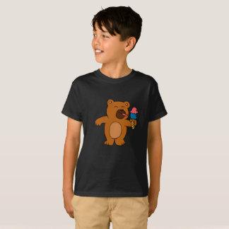 T-shirt L'ours de bande dessinée mange la crème glacée