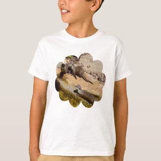 T-shirt Loutres Sunbaking sur des roches,