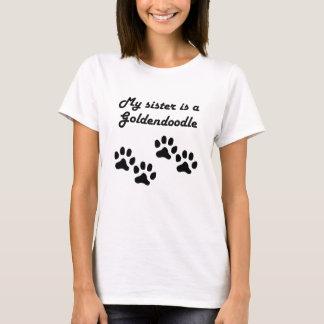 T-shirt Ma soeur est un Goldendoodle