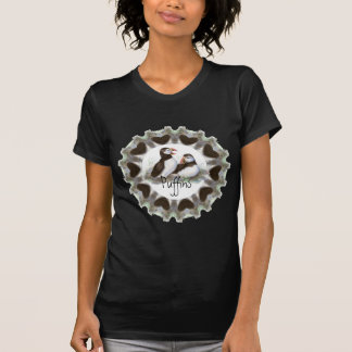 T-shirt Macareux d'aquarelle avec des coeurs pour des fans