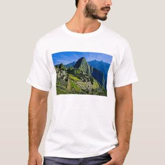 T-shirt Machu antique Picchu, dernier refuge des 2