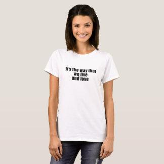 T-shirt Madame PartsTV Lesbian Movie Club vivant et