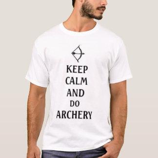 T-shirt maintenez calme et faites le tir à l'arc