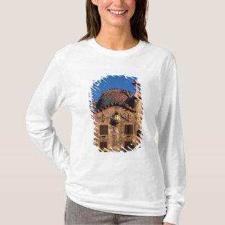T-shirt Maison Batilo, architecture de Gaudi, Barcelone,