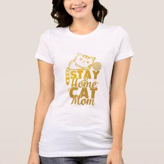 T-shirt maman de chat de séjour à la maison