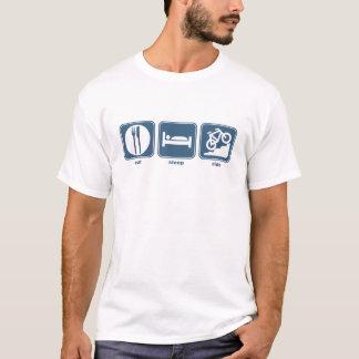 T-shirt mangez le vélo de montagne de sommeil