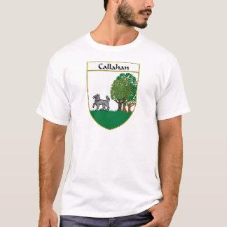 T-shirt Manteau de Callahan des bras/de crête de famille