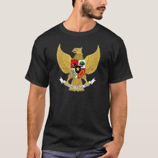 T-shirt Manteau de l'Indonésie de détail de bras