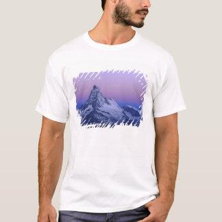 T-shirt Matterhorn à l'aube, Zermatt, Alpes suisses,