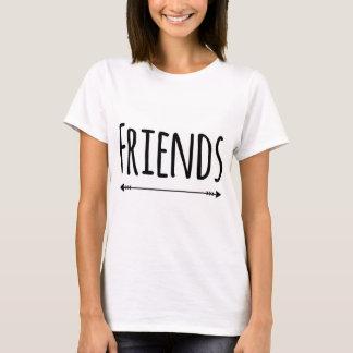 T-shirt Meilleurs amis assortissant la partie (amis) de