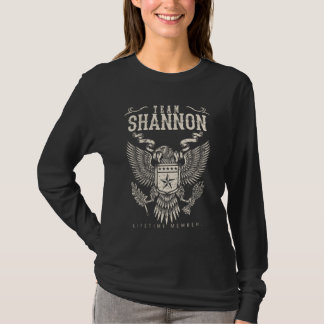 T-shirt Membre de vie de SHANNON d'équipe. Anniversaire de
