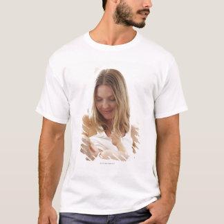 T-shirt Mère allaitant son enfant