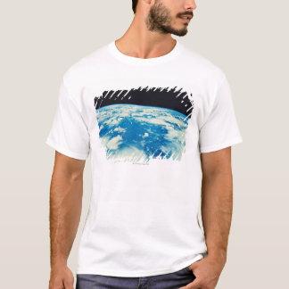 T-shirt Mettez à la terre de l'espace 12