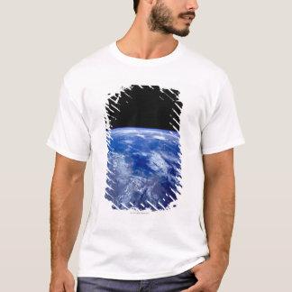 T-shirt Mettez à la terre de l'espace 13