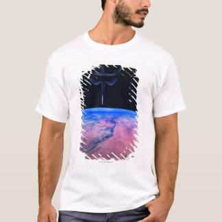 T-shirt Mettez à la terre de l'espace 22