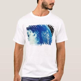 T-shirt Mettez à la terre de l'espace 34
