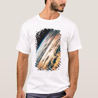 T-shirt Mettez à la terre du satellite 6