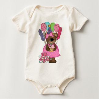 T-shirt mignon d'anniversaire d'ours de nounours
