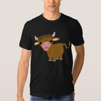 T-shirt mignon de boeuf de bande dessinée