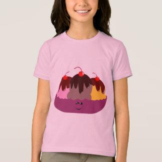 T-shirt mignon de cuvette de crème glacée