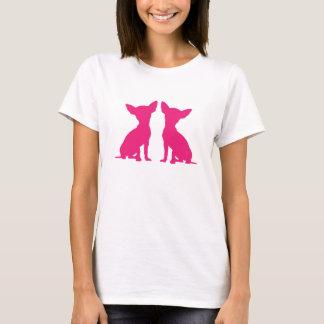T-shirt mignon de dames de chiwawa de silhouette