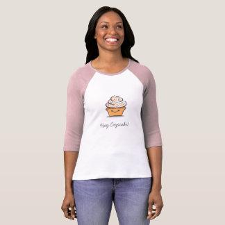T-shirt mignon personnalisé de petit gâteau