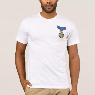 T-shirt militaire de logo de médaille des